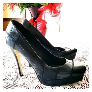 Bakers sz6.5B Black Patchwork Platform Pumps
